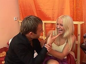 Sexy teen Brittney first anal quest