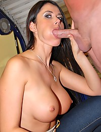 Fucking her tempting milf pussy