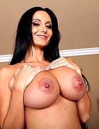 Amazing natural milf tits