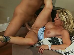 Big Breasted Blonde MILF Tyler Faith Enjoying a Big Penis