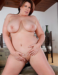 Sexy Hot Milf Lisa Sparxx