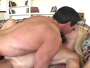 Bobbi Eden fucks Peter North and lets him cum on her face
