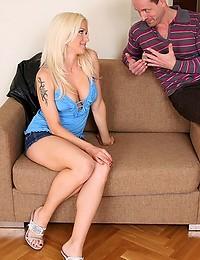 Blonde hottie goes for big cock