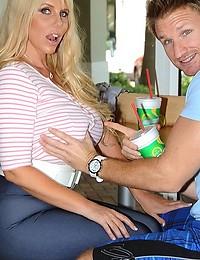 Bubble Butt Blonde Cougar Karen
