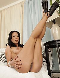 Hot Class Act Zoe Holloway