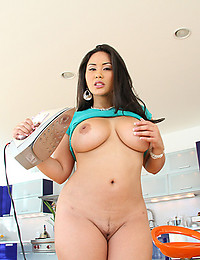 Curvaceous Asian Jessica Gets Doubled On