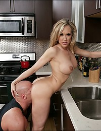 Big dick kitchen fuck