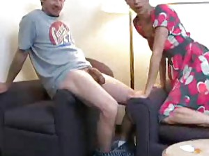 Shooting cum on the milf pussy