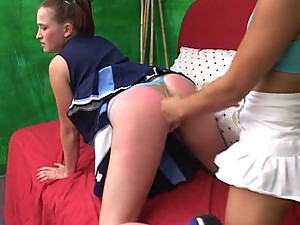 Ponytailed cheerleader Ashley Haze toys Lan`s virgin snatch