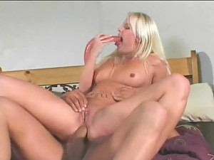 Saana Dildo Blowjob Fucking and Facial
