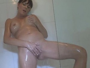 Masturbating MILF Homemade Film