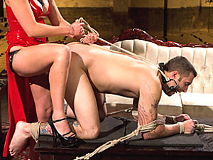 Mistress with huge strapon