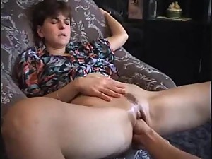 Chick squirts thanks to hot fisting