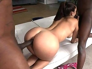 Liza Del Sierra gets Anal Pleasure in an Interracial Threesome with Monster Cocks