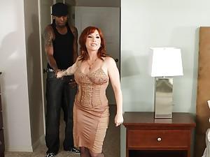Nice big tits on redheaded milf
