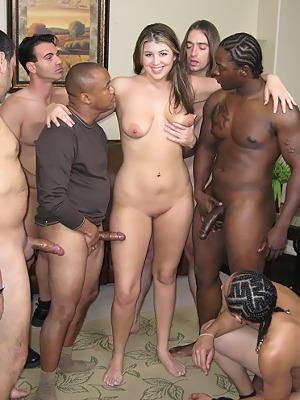 Mardi gras girls flashing boobs
