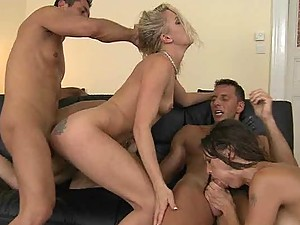 Valentina Cruz And Angel Long In An Amazing Foursome Clip