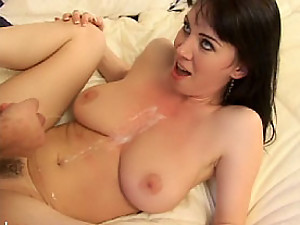 Rayveness has no gag reflexes while deep throating!