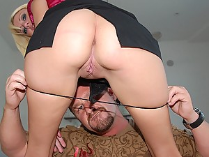 Addison Riley Fucks An Older Guy