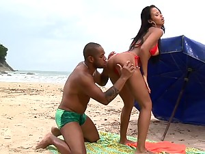 Hot Ebony Marcella Moraes Gets Banged On The Beach By Black Cock